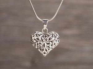 Anhänger Silber Herz filigran bauchig