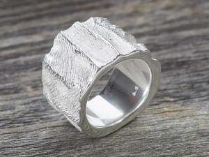 Silber Ring Wellen Struktur
