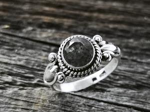 Stein Ring rund filigran