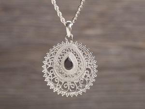 Anhänger Silber Ornament mit Stein Tropfen
